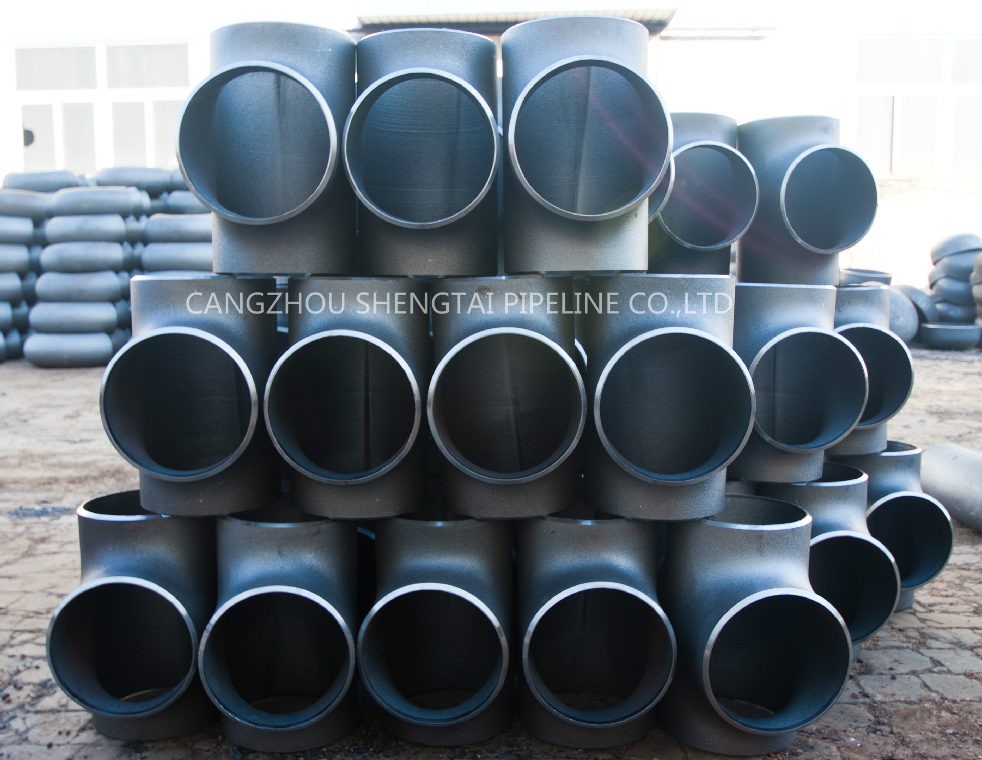 china China carbon and stainless steel tee is here manufacturing/supplier
